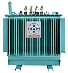 Máy biến áp 2500kva kiểu kín của chúng tôi được thử nghiệm đầy đủ các hạng mục thử nghiệm thường xuyên, điển hình và thử nghiệm đặc biệt theo yêu cầu của tiêu chuẩn. Điều kiện môi trường: Máy biến áp của chúng tôi được thiết kế, chế tạo phù hợp với điều kiện khí hậu nhiệt đới, vận hành trong nhà hoặc ngoài trời ở độ cao < 1000 mét so với mực nước biển (Các máy làm việc ở độ cao trên 1000 mét so với mực nước biển có thiết kế riêng), nhiệt độ môi trường lớn nhất 45oC, độ ẩm không khí đến 100%, ở môi trường không có bụi dẫn điện và các hóa chất độc hại nguy hiểm. - Chế độ vận hành: Liên tục vận hành độc lập hoặc song song, máy có khả năng chịu quá tải, chịu ngắn mạch tốt. - Chế độ làm mát: Tuần hoàn dầu tự nhiên (ONAN) Dùng bộ điều chỉnh điện áp không tải có phạm vi điều chỉnh ±2×2,5% (Theo yêu cầu đặt hàng) Với các máy biến áp có 2 cấp điện áp cao áp việc chuyển đổi cấp điện áp được thực hiện bằng điều chỉnh trên nắp máy mà không phải rút ruột máy. - Nguyên vật liệu chế tạo máy: Máy biến áp của chúng tôi được chế tạo từ các loại vật liệu nhập khẩu từ các nước tiên tiến như: Đức, Nga, Nhật, Thụy Điển, Thụy Sỹ, Hàn Quốc.Mạch từ của các máy biến thế được thiết kế chế tạo bằng thép kỹ thuật điện cán nguội, dẫn từ có hướng, có suốt tổn hao thấp.Lá thép mạch từ được chế tạo bằng công nghệ cắt bấm, cắt chéo liên tiếp, lắp ghép với độ chính xác cao. Do đó giảm được tổn hao không tải, dòng điện không tải và độ ồn trong quá trình vận hành.